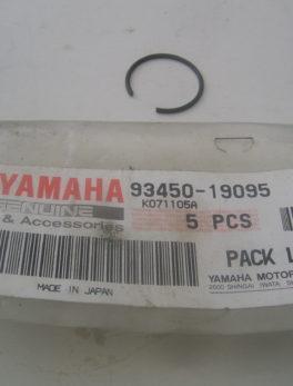 0_Yamaha-Piston-clip-93450-19095