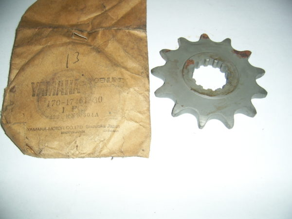 0_Yamaha-Sprocket-drive-170-17461-30