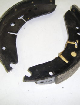 Diverse-Brake-shoe-set-Lockheed-Triumph-Bonneville-650