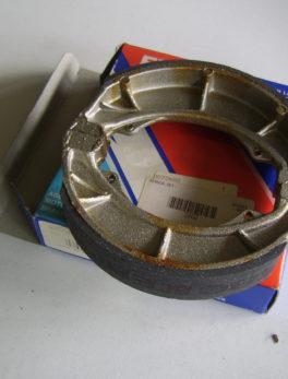 Diverse-Brake-shoe-set-S602