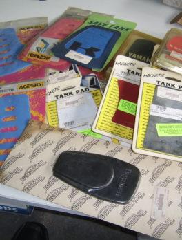 Diverse-Lot-of-tank-pads-18x