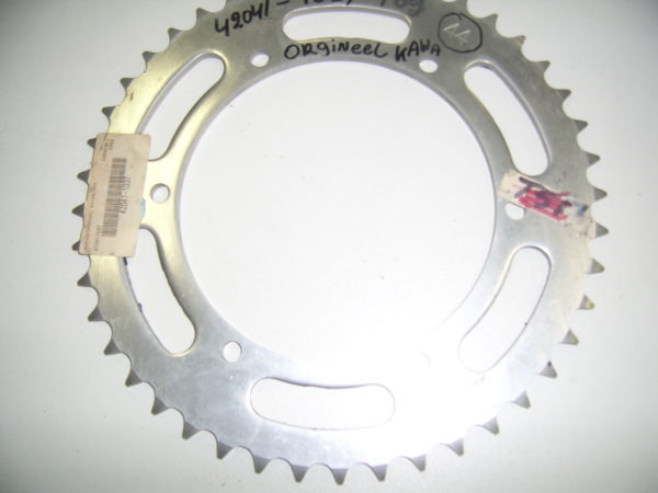 Kawasaki-Sprocket-42041-1037