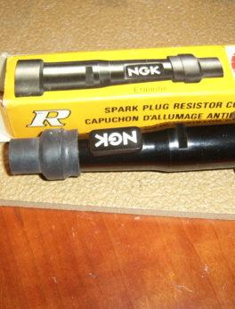 NGK-SD05F-Plug-cap