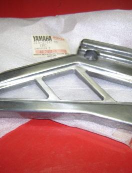 Yamaha-Bracket-stand-footrest-31A-27442-00
