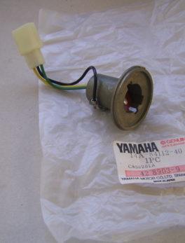 Yamaha-Bulb-socket-14A-84112-40