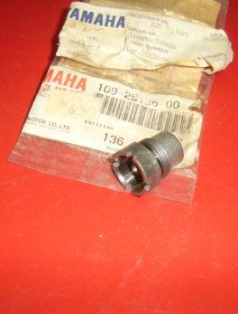 Yamaha-Bushing-109-25136-00