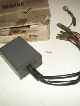 Yamaha-CDI-Unit-assy-3R3-85540-10