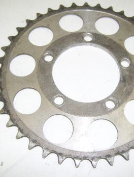 Yamaha-Gear-sprocket-wheel-240-25439-00