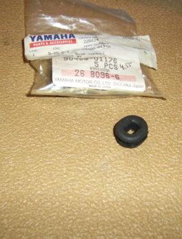 Yamaha-Grommet-90480-01176