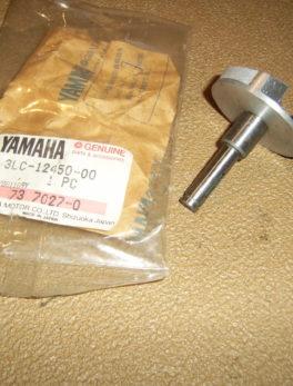 Yamaha-Impeller-shaft-assy-3LC-12450-00