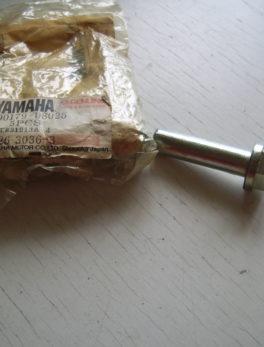 Yamaha-Nut-cylinder-90179-08025