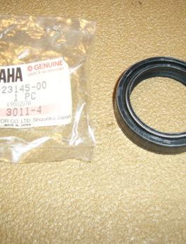 Yamaha-Oil-seal-1KT-23145-00