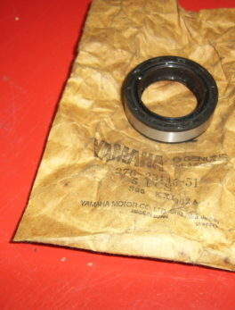 Yamaha-Oil-seal-276-23145-51