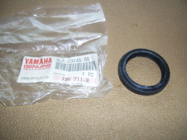 Yamaha-Oil-seal-3LC-23145-00-3SP-23145-L0-00