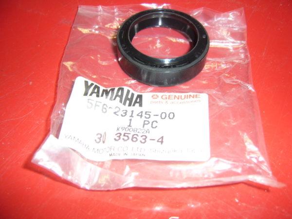 Yamaha-Oil-seal-5F6-23145-00