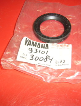 Yamaha-Oil-seal-93101-30084