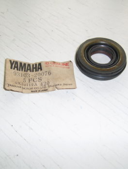 Yamaha-Oil-seal-93103-20076