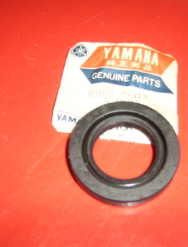 Yamaha-Oil-seal-93103-28012