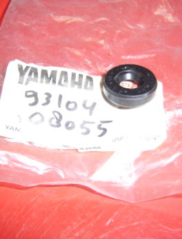 Yamaha-Oil-seal-93104-08055