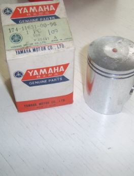 Yamaha-Piston-174-11631-00-96