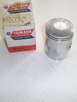 Yamaha-Piston-174-11635-00
