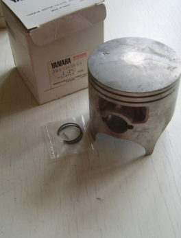Yamaha-Piston-3R4-11635-00