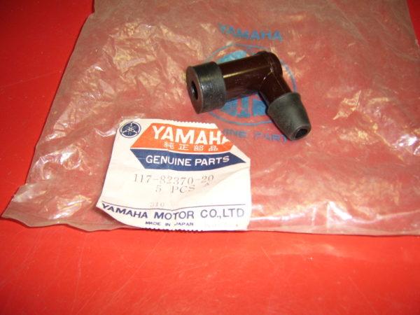 Yamaha-Plug-cap-ass-y-117-82370-20-166-82370-20