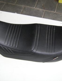 Yamaha-Seat-Giuliari
