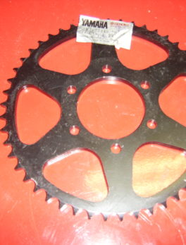 Yamaha-Sprocket-3R1-25449-10-33