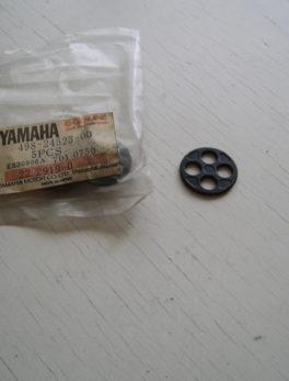 Yamaha-Valve-fuel-tank-498-24523-00