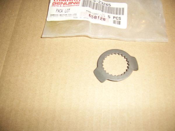 Yamaha-Washer-lock-90215-23265
